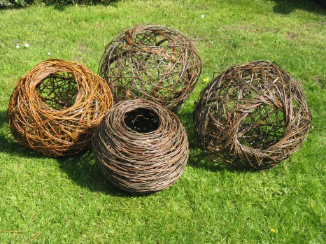 willow vessels using random weave