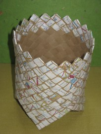 bias plaited basket - card and map