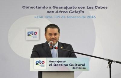 AEROCALAFIA (3) Fernando Olivera Rocha, secretario de Turismo de Guanajuato