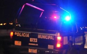 Tres personas detenidas, dos por conducir vehículo con reporte de…