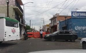 """""""ESTRANGULAN"""" CIRCULACIÓN EN AVENIDA MORELOS"""