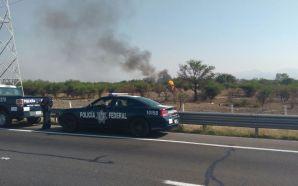 Se incendia ducto por toma clandestina en León