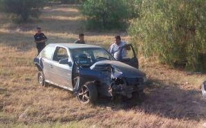 Una persona lesionada y daños materiales en accidente en carretera…