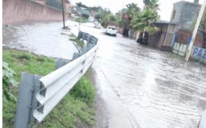FALTA DE DESAZOLVE DE CANAL INUNDA ACCESO A SAN JUAN…