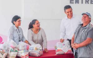 DIF MUNICIPAL BENEFICIA A SALMANTINOS CON LA ENTREGA DE APOYOS.