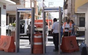 COORDINACIÓN DE SEGURIDAD PÚBLICA INSTALA ARCOS DETECTORES EN INMEDIACIONES DE…