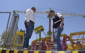 PROTECCIÓN CIVIL SUPERVISÓ JUEGOS MECÁNICOS EN LAS FIESTAS DE LA…