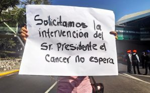 #BloqueanAICM PADRES DE NIÑOS CON CÁNCER EXIGEN A LÓPEZ OBRADOR…