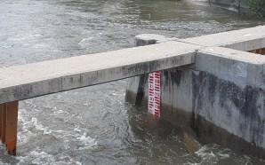 NIVEL DE AGUA DEL CANAL CORIA, YA CAUSÓ INUNDACIONES EN…