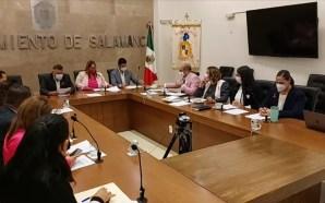 FORMALIZA LA INSTALACIÓN DE COMISIONES MUNICIPALES EL H. AYUNTAMIENTO.