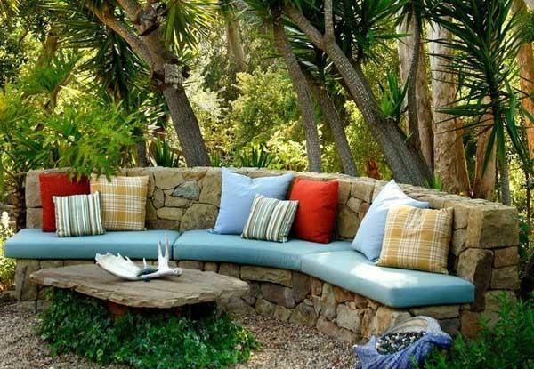 garden bench rocks