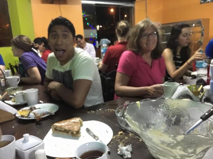Nuestra cena para accion de gracias // Our Peruvian-cooked Thanksgiving dinner!