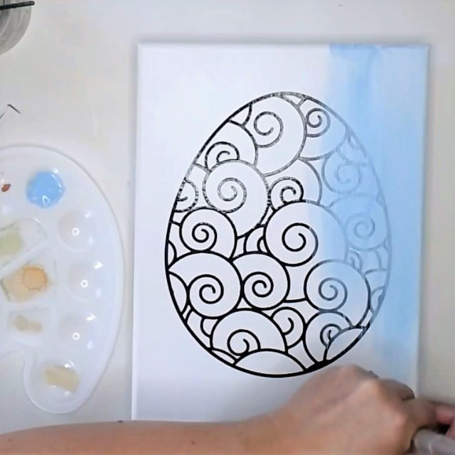 painting-the-egg