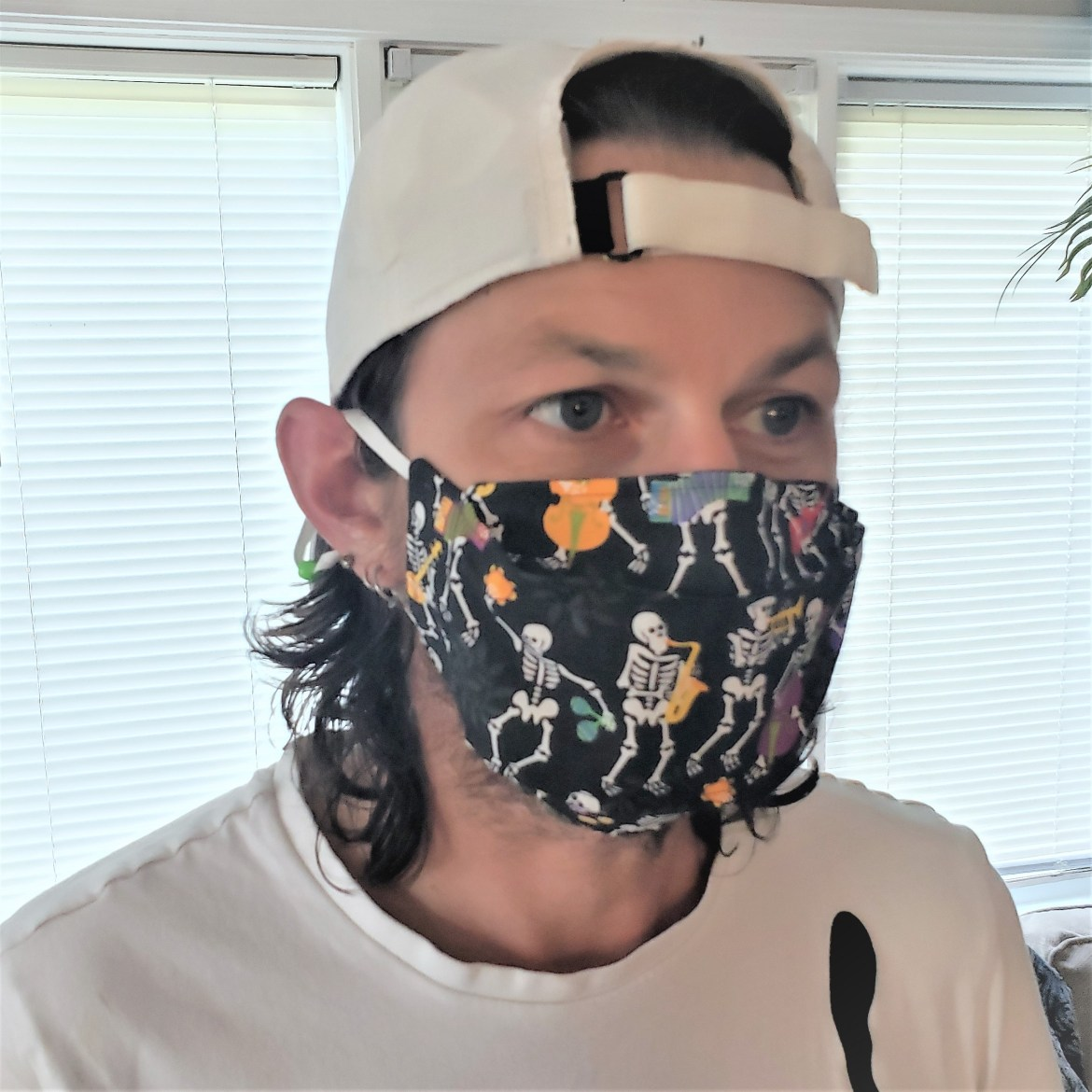 Amazing 3D Fall Face Mask that Won't Fog Your Glasses