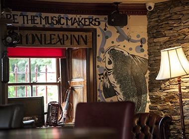The Salmon Leap Inn Entertainment