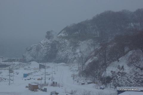 数年に一度の猛吹雪in塩屋港