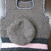 手編みベレー帽とベスト生徒作品