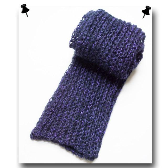 黒x紫シルクのふわふわマフラー