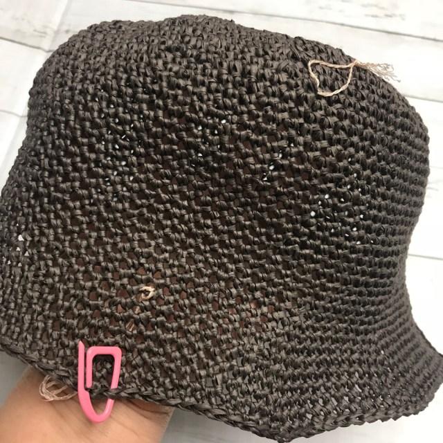 サイドクラウンの編みはじめと編み終わりには印をつけます。