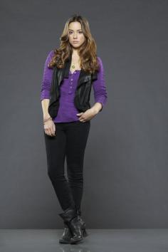 Skye (Chloe Bennet)