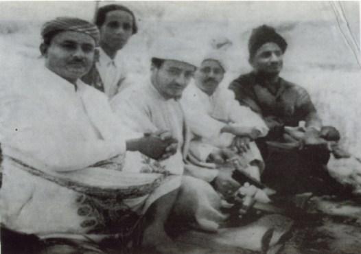علوي الجفري وعلي عاصم ومحمد علي الجفري في تعز بعد النفي مباشرة عام 1958 م.