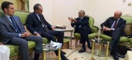 رئيس الرابطة وأمينها العام يلتقيان السفير الفرنسي