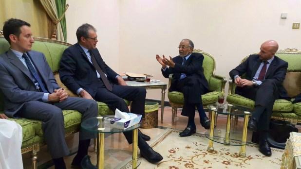 الجفري وبن فريد يلتقيان السفير الفرنسي