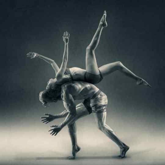 Un ceinture abdominale est primordiale pour l'exécution de mouvements contrôlés et harmonieux.
