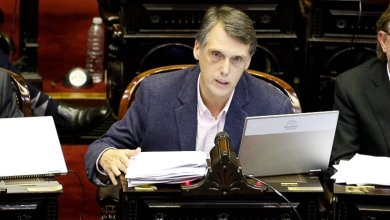 "Photo of Kosiner: ""Vidal representa el modelo de Macri"""