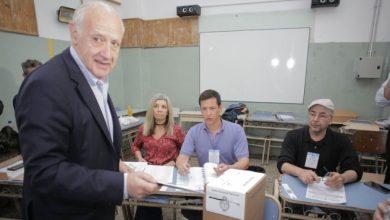 Photo of Roberto Lavagna el primer candidato presidencial que votó