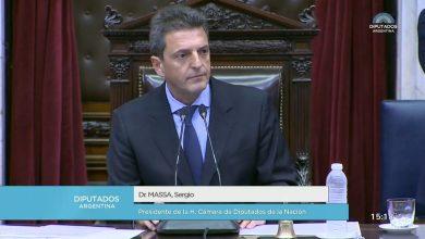 """Photo of """"Macri pretende plantear un cuentito rosa en la cadena nacional"""", criticó Sergio Massa"""