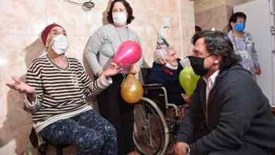 Photo of Sáenz violó el protocolo sanitario: visitó un hogar de ancianos y los puso en riesgo de contagio del coronavirus