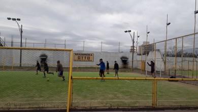 Photo of Posadas otra vez se equivocó, anunció que desde hoy se podía jugar al fútbol 5 y no era así