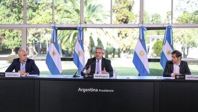 Photo of Con críticas y apoyo, Fernández anunció la vuelta a fase uno de todo el AMBA