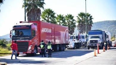 """Photo of Camioneros en crisis: """"No llevamos ni traemos el bicho, queremos trabajar"""""""
