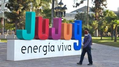 Photo of Covid – 19 en Jujuy: un diputado declara que las personas cavan sus propias tumbas
