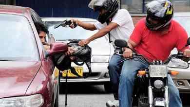 Photo of ¿La zona sur de la ciudad, zona liberada?: vecinos denuncian proliferación de puestos y motochorros a doquier