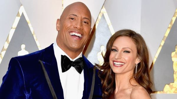 Dwayne Johnson y su esposa