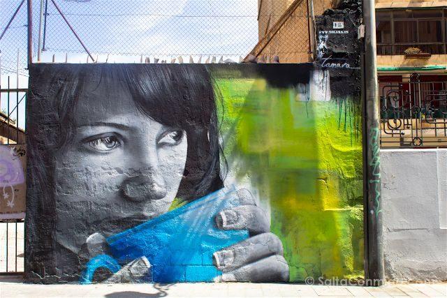 Grafitis Valencia Carrer na Jordana Xolaka