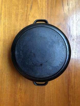 Vintage Chasseur cast iron casserole dish