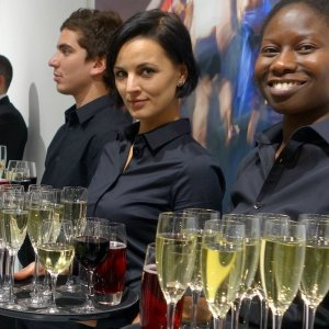Waiting staff and bartenders for London galleries