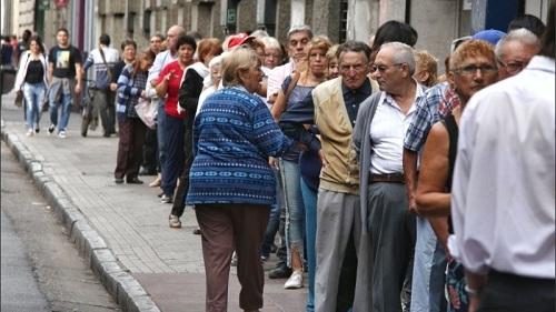 El Gobierno ordenó el cronograma de Jubilados en los Bancos