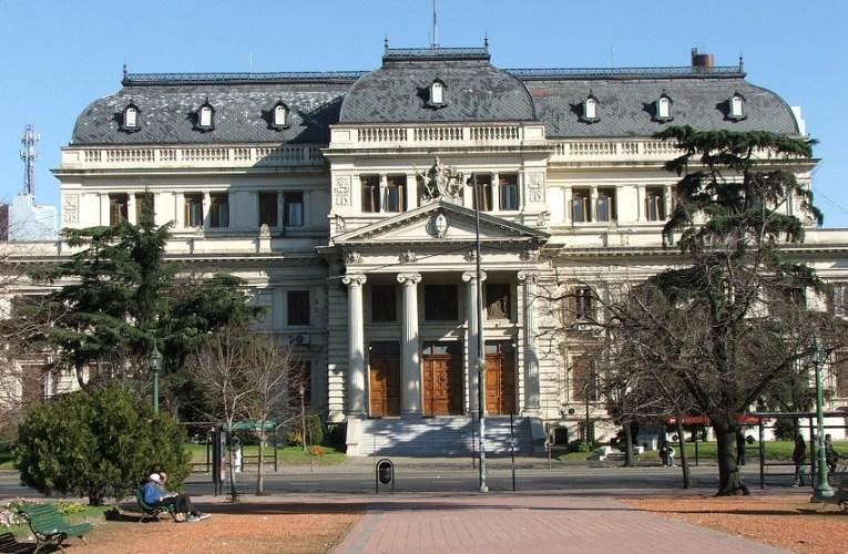 Buenos Aires: Legisladores y las medidas sanitarias populares