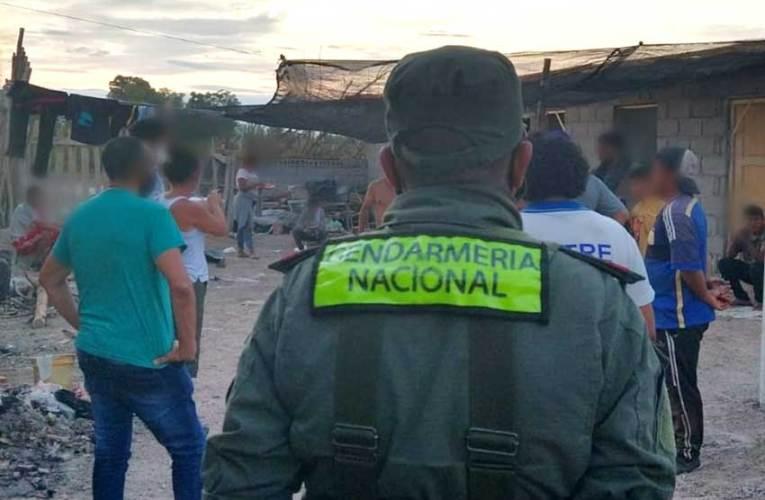 Gendarmería rescató a familias víctimas de trata laboral Una de las víctimas manifestó provenir de Salta