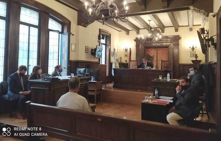 Ex intendente de Aguaray y otros nueve a juicio por el robo de caños del Gasoducto GNEA Los principales acusados en esta maniobra proyectaban ganar sumas millonarias.
