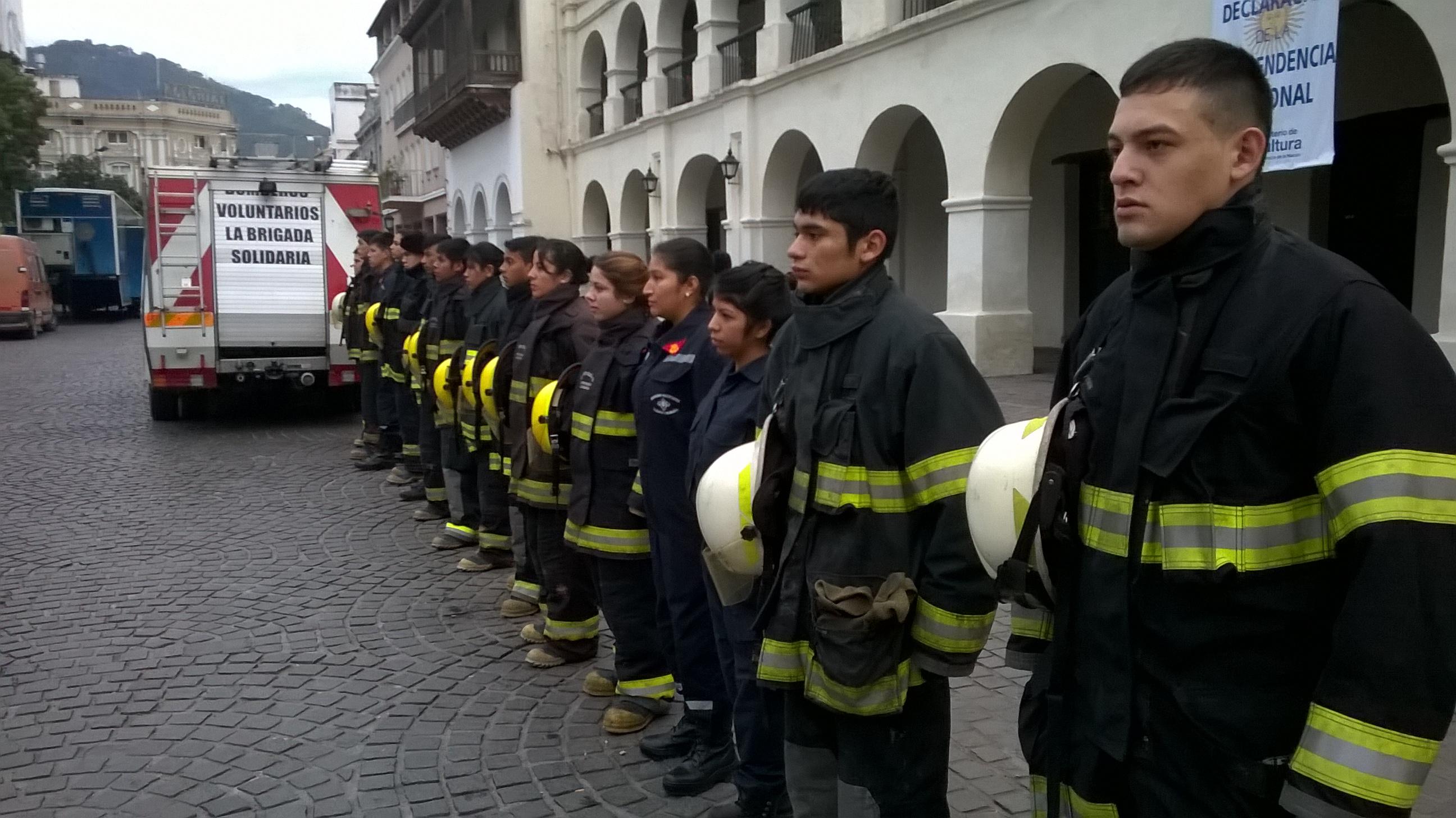 En el Día del Bombero Voluntario asi lo vivió la Brigada Solidaria