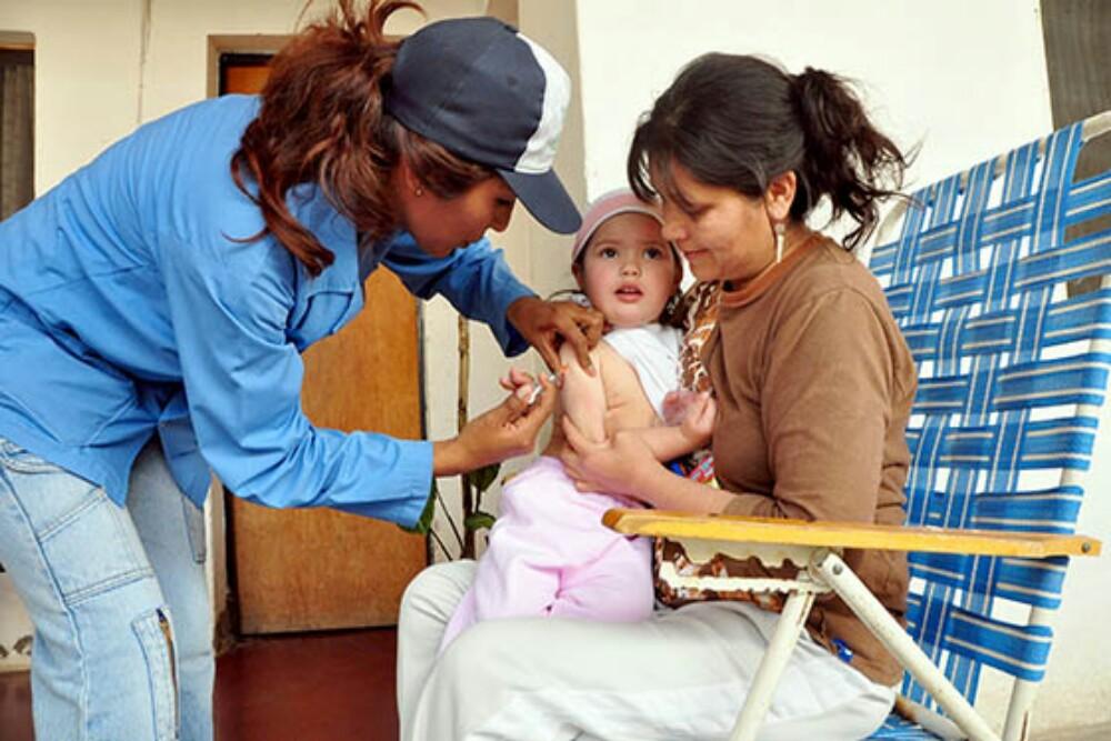 El 3 y 4 de noviembre vacuná a tu hijo contra el sarampión y la rubéola