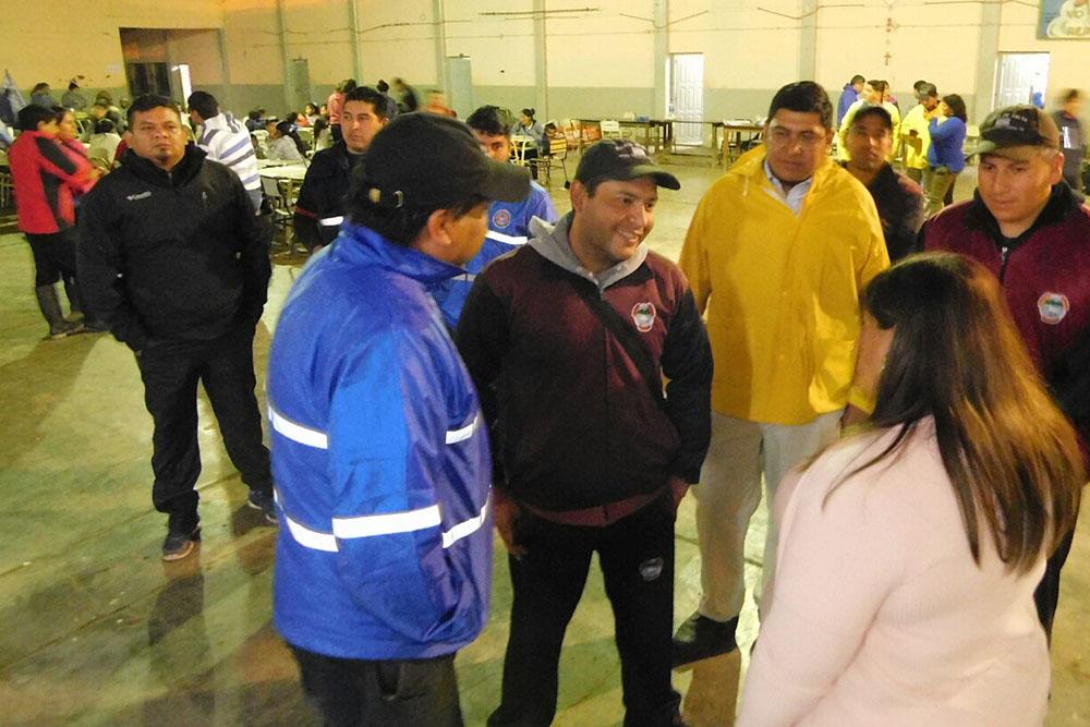 El Gobierno asiste a más de 400 evacuados de Apolinario Saravia, Pizarro y Burela