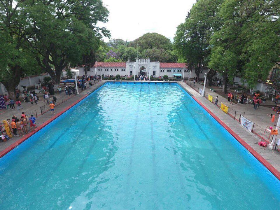 Los natatorios municipales de la capital salteña están habilitadas