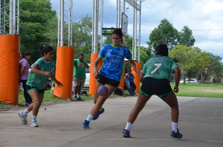 Magnus Club convoca a jóvenes para formar el equipo de handball femenino